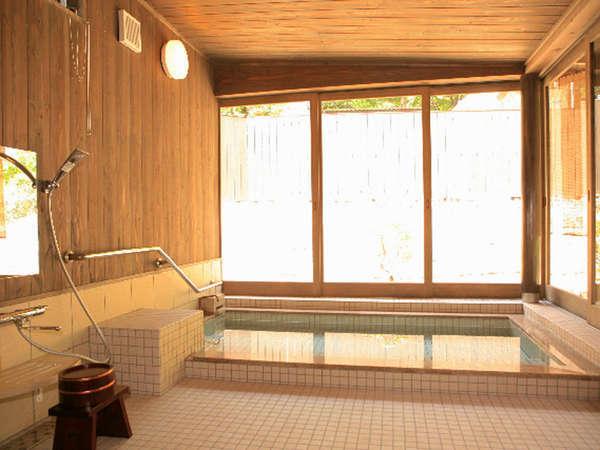 貸切家族風呂セットプラン『源泉かけ流し温泉を満喫♪』車椅子でも利用可能なお風呂もあります≪2食付き≫