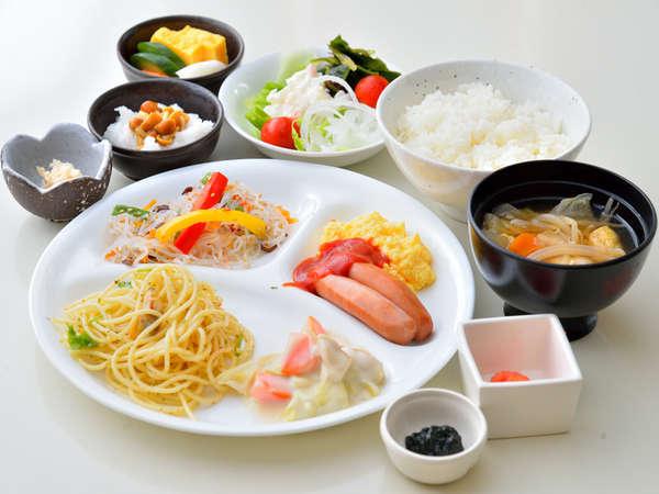 朝食バイキング/和食はもちろん、洋食も♪お好きなものをご自由に