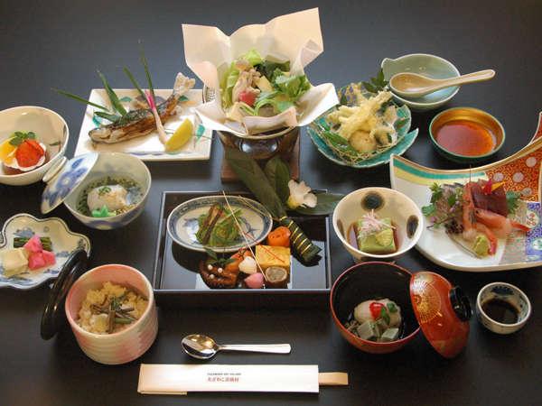 【じゃらん冬SALE】天然温泉と四季の特選和膳を楽しむ1泊2食スタンダードプラン