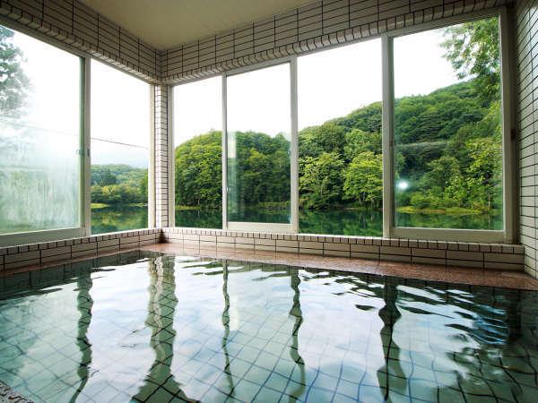 【温泉】五色沼が展望できる自慢の天然温泉