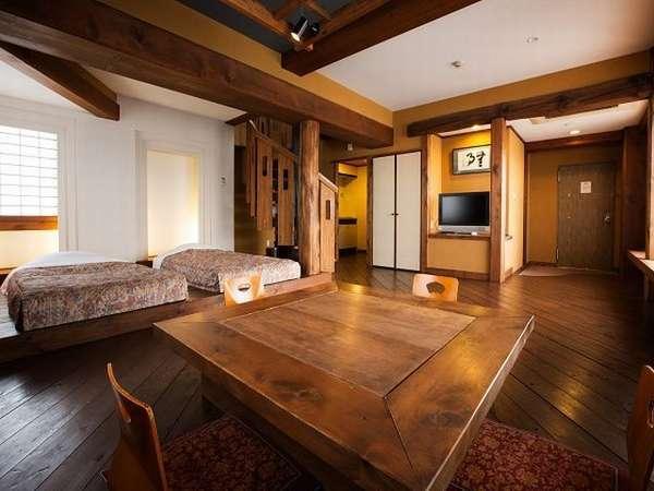 近鉄JR奈良徒歩5分! 木の温もりと暖炉のぬくもりを備えたホテル