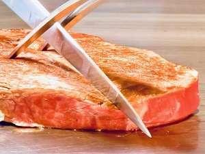 こだわりの道産牛をお好みの焼き加減で提供