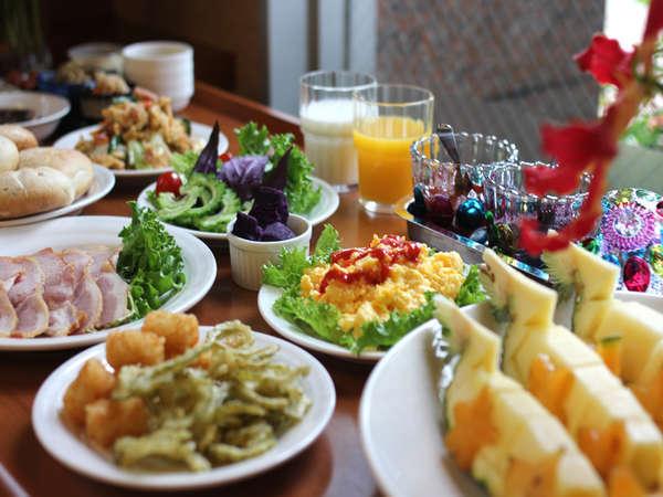 「旨い朝食!」琉球料理バイキング付きプラン!!