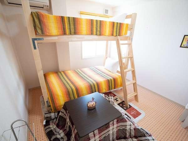 かわいい二段ベッドのお部屋です。