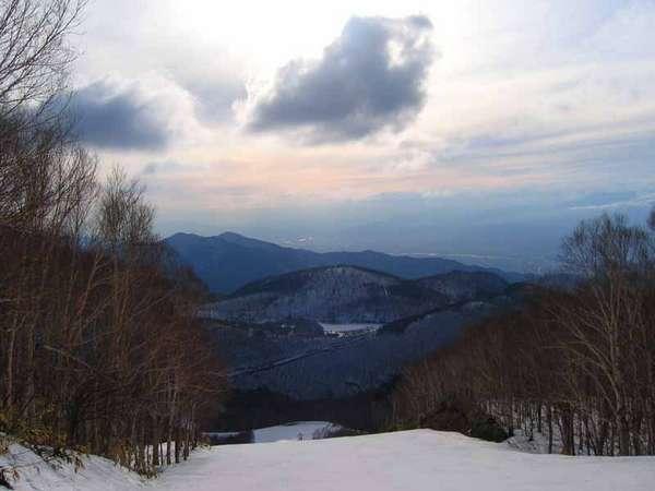 【雪遊び】温泉とスキー&スノボを楽しむ♪<2食付>