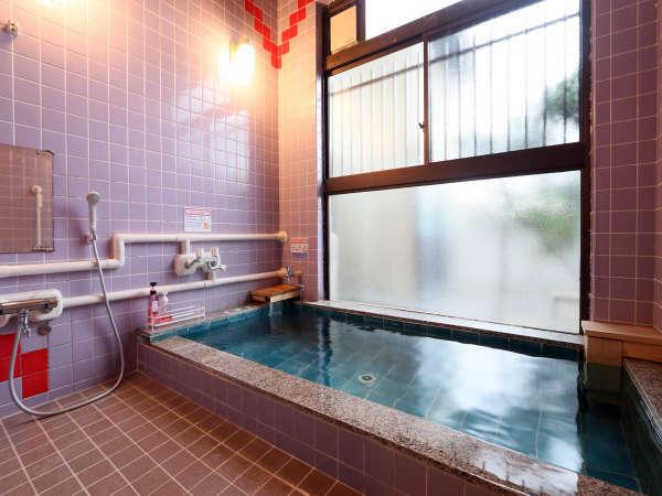 当宿は、春日居温泉をお楽しみいただけます男風呂