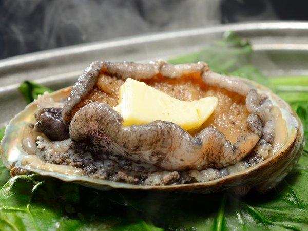 【当館名物「白神あわびの活陶板焼き」+幻の魚イトウ】★料理長お勧め!お料理満喫プラン
