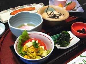 【朝食一例】美味しいご飯と妙高の自然に囲まれて、爽やかな朝をお迎えください♪