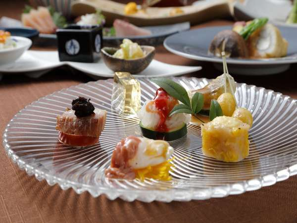 【創作料理 秋月】旬和食会席「石蕗」☆ 季節を彩りで感じるおもてなし 〜夕食付き〜