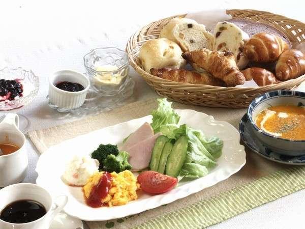 【じゃらん限定】【2食付】パン工房の手作りパンで朝食を!自然いっぱいのお料理でヘルシーに