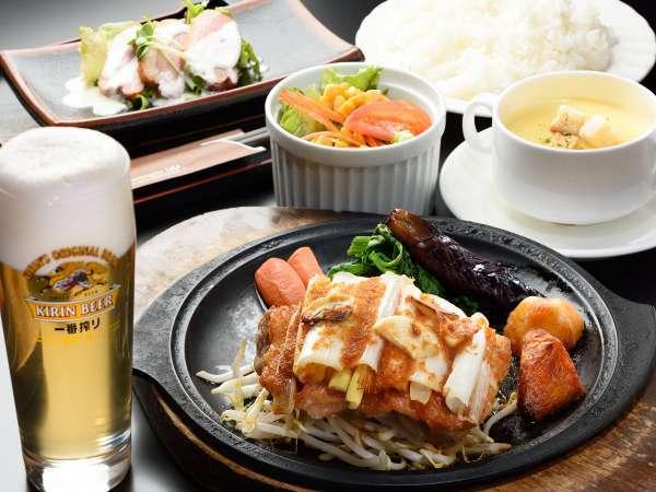 ■2食付プラン■ 夕食は地元人気店「矢嶋食堂」さん(ホテルから徒歩2分)