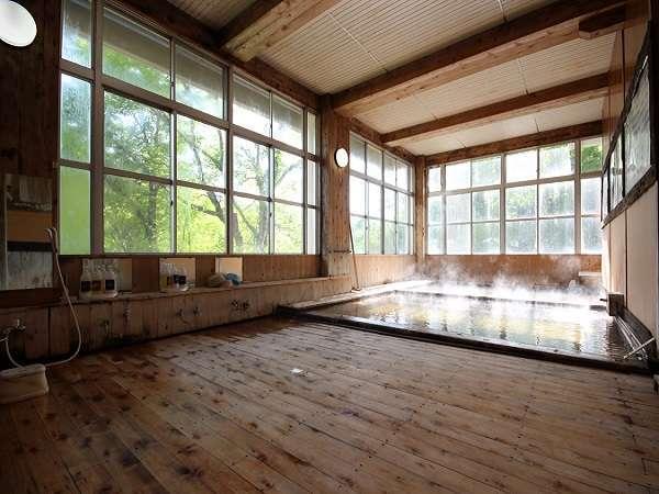 内湯古代ひのき風呂