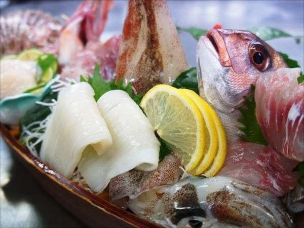 ★鰺ヶ沢の地魚を堪能★日本海の旬を豪華舟盛りで!!二人から舟盛りプラン♪