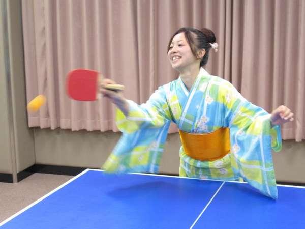 温泉に来たら、やっぱり卓球!個室の卓球場で熱戦を!
