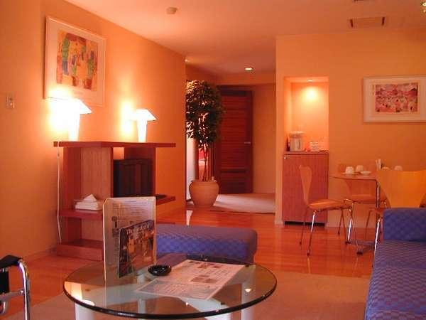 【スポルシオン】DXルーム客室例。約67平米の広々とした空間が特徴の4ベッドルーム