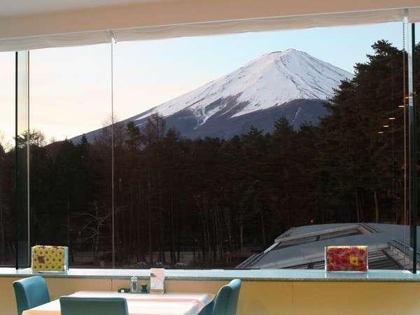 レストランからは大きな富士山の姿が♪