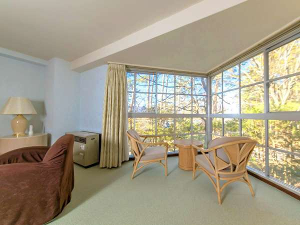 【スポルシオン】約66平米の広々空間がご家族・グループに人気※客室一例