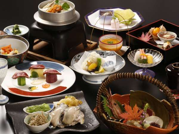 【ちょっと贅沢したい方に!】料理長厳選の旬食材で料理をアップグレード!■特別和食会席■