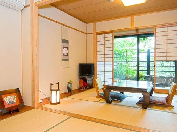 【露天風呂付客室】二間続きの広々和室