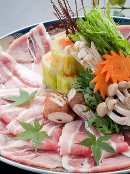 【しゃぶしゃぶ】厳選された極上の肉だけを使用
