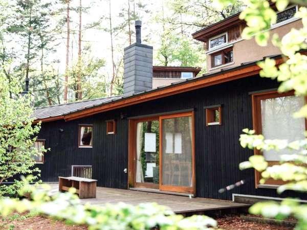 ・外観 総合案内 体験・森の宿泊棟の受付 雑貨の販売もしております。