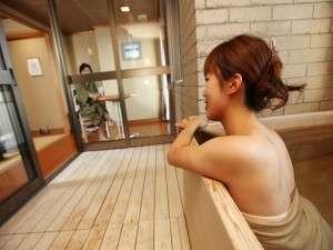 展望風呂付客室「東海亭」のお風呂でゆったり