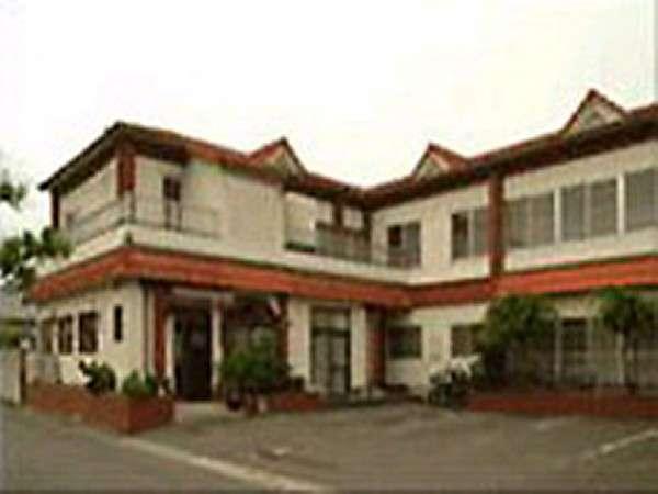 旅館久米 ひまわり荘の外観