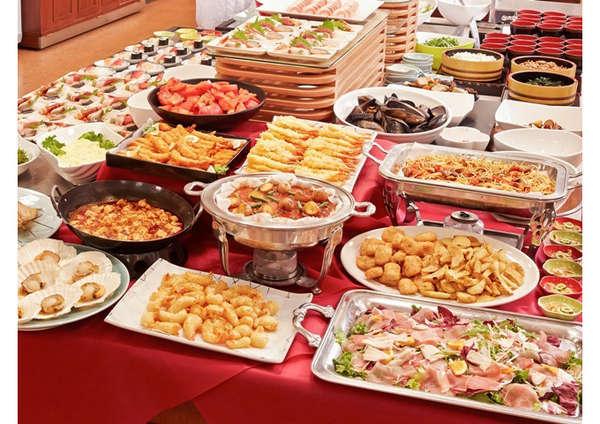 ビュッフェは新鮮なお刺身、お寿司、海鮮炉端焼きが自慢、宮古の郷土料理も楽しめます
