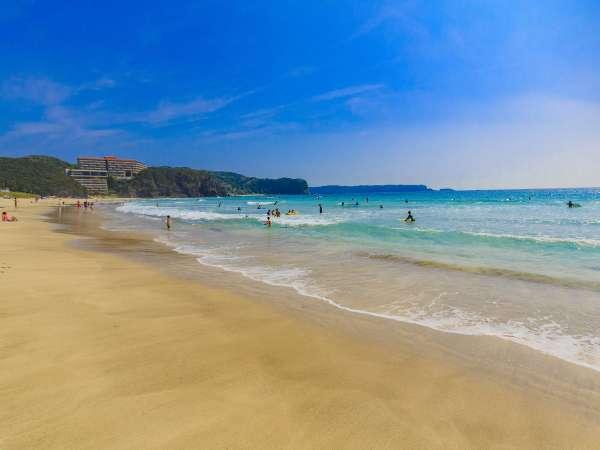 浜辺まで0分!透明度・水質抜群の海で夏休み!【お料理グレードアッププラン】朝夕お部屋食