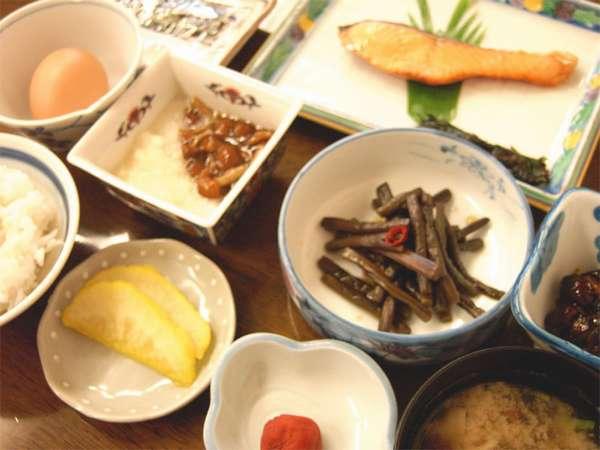 【朝食のみ】あいべつ特栽米「あきあかね」と使った和朝食。