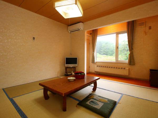 客室_ご予約の人数に応じたお部屋をご用意致します