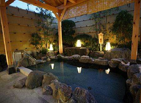 当ホテル自慢の露天風呂