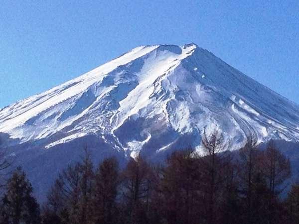 ツイン・トリプルルームからの世界遺産「富士山」