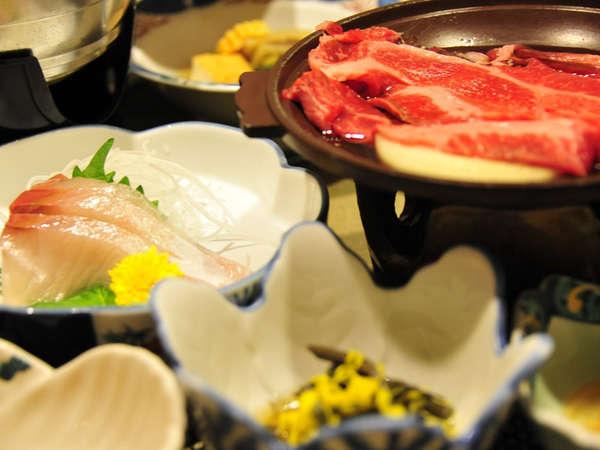 *【夕食一例】山菜をメインに、山形牛や川魚、お鍋やお造りをお出ししています。
