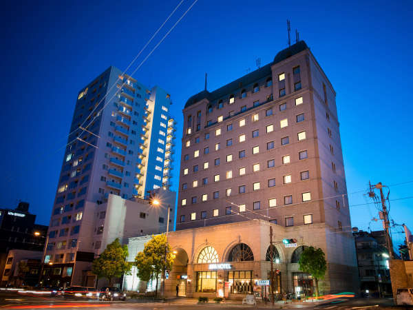 アパホテル<松山城西>の外観