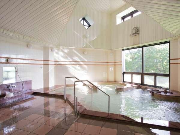 *まさぼうの湯/天然トロン温泉。少しとろみのあるお湯でほっこり温まります。