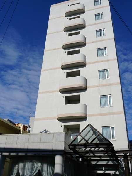 ミヤコセントラルホテルの外観