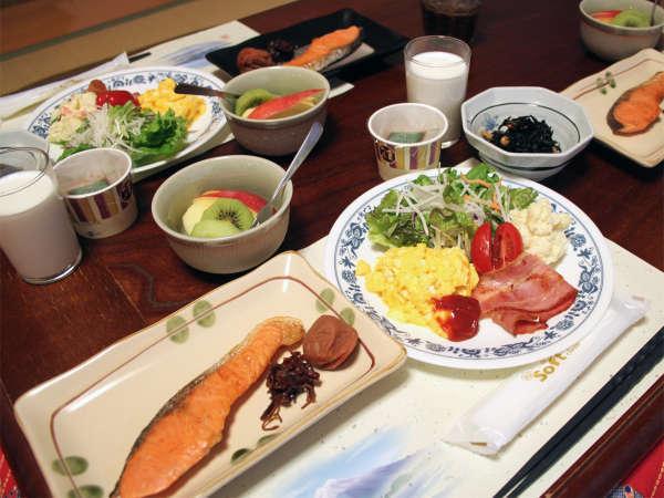 *朝食例/レストランにて、朝食をご用意しております。