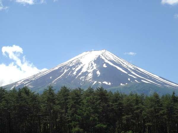 ホテルから眺めることができる富士山