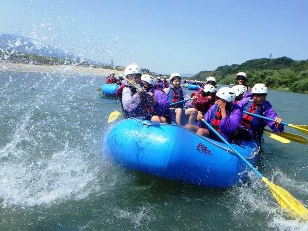 【体験】【ラフティング 川下り体験】天竜川をゴムボートで豪快に下ろう!<送迎バス付>1泊2食
