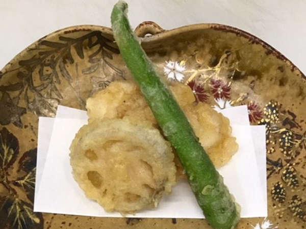 【2食付き】日本三古湯・道後温泉を満喫…異なる魅力のお部屋で和の風情を感じる