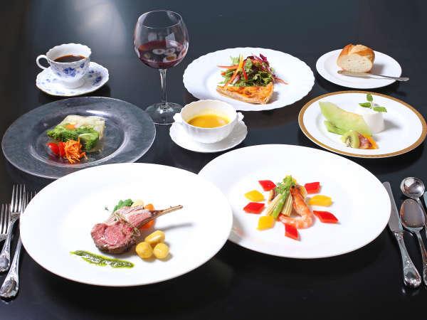 「リゾートで味わう本格フレンチ♪」眺望抜群レストランで素材を生かした和歌山ディナーを!女子旅