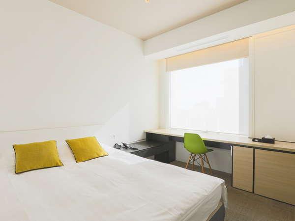 【スーペリアダブル】16㎡/160㎝幅ベッド1台。広々ベッドで質の良い睡眠を。
