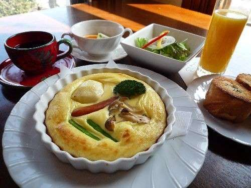 朝食「キッシュ風卵料理」