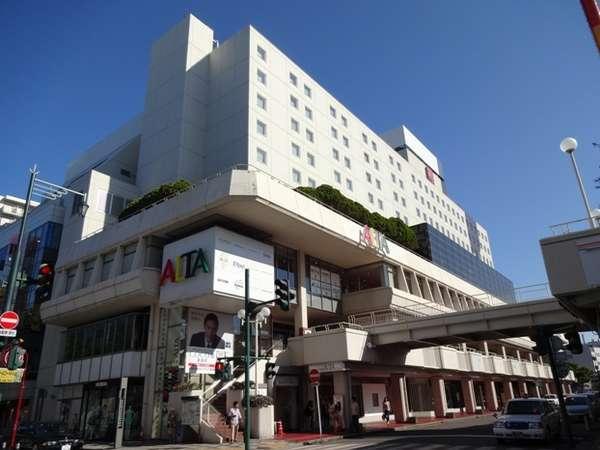 万代シルバーホテルの外観