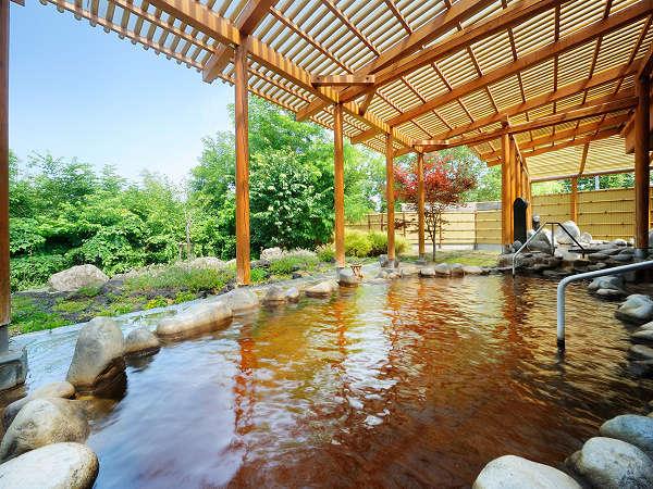 天然モール温泉大浴場・露天風呂(露天風呂・内風呂・展望風呂合わせて13浴槽をお楽しみ下さい。)