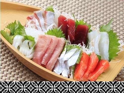 【美味少量レディースプラン】お刺身の船盛&少量洋懐石風料理!選べるメイン!お魚料理or肉料理♪<B>