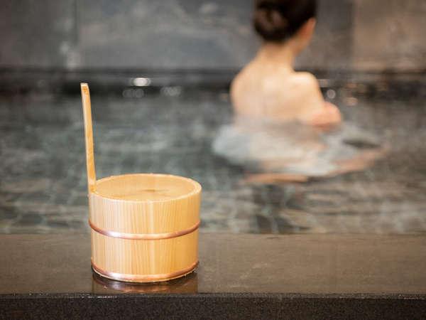 美肌効果抜群!天然温泉「名取・岩沼 美人の湯」那須塩原の源泉敷島より運んでおります。