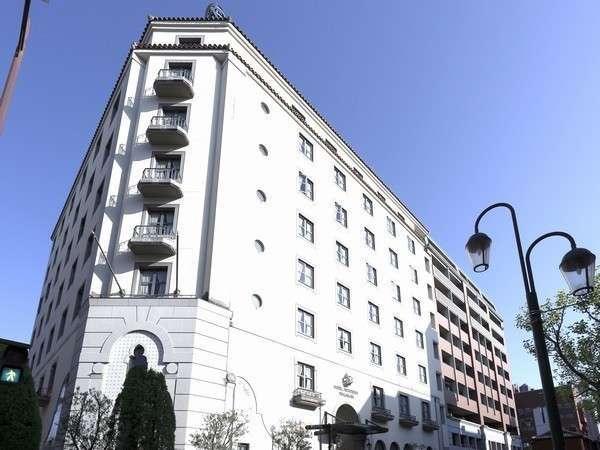 ホテルモントレ長崎の外観