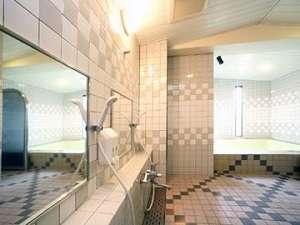 2段ベッドワケあり部屋[狭い][格安][風呂・トイレ別][2段ベッド]